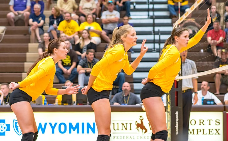 Cowgirl Volleyball Set To Open Mw Play University Of Wyoming Athletics