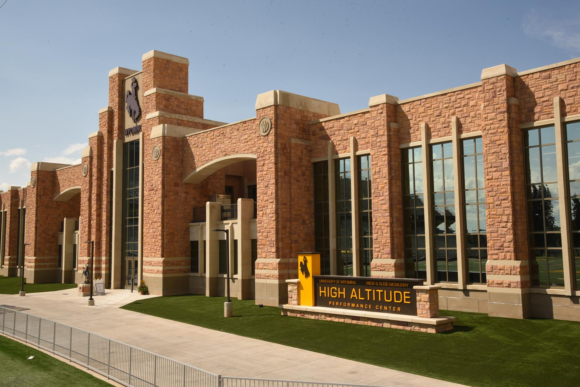 Swimming & Diving - University of Wyoming Athletics